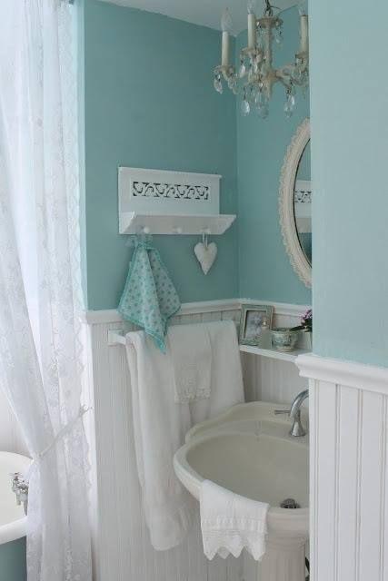 Sweet little aqua bath...want this color in master bath.