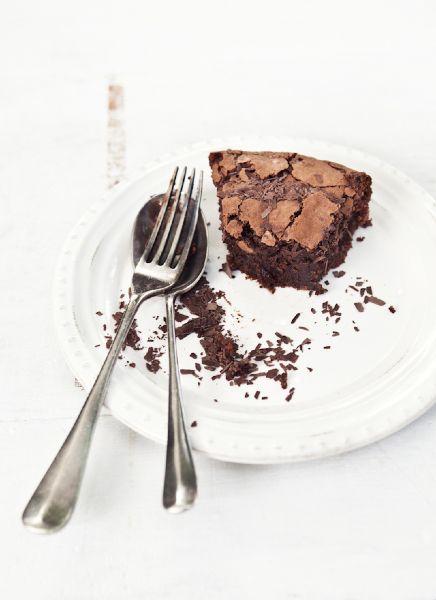 chocOlate almond amaretti cake