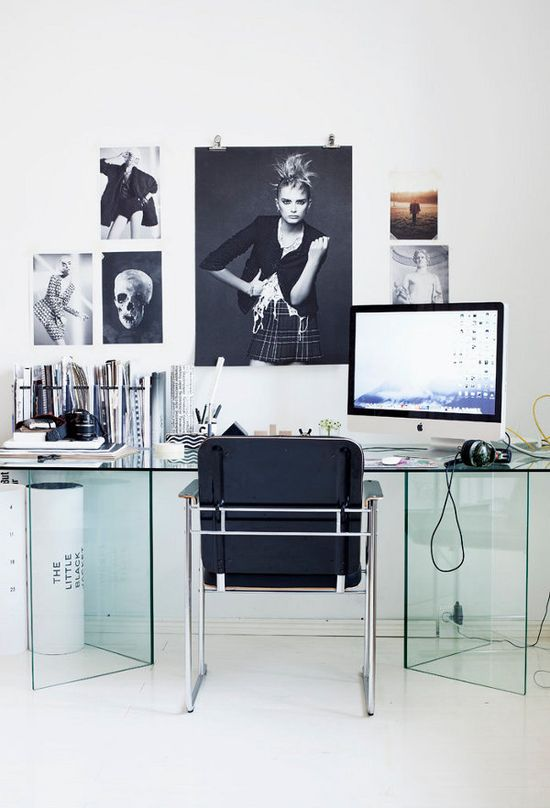 Omg gorgeous office