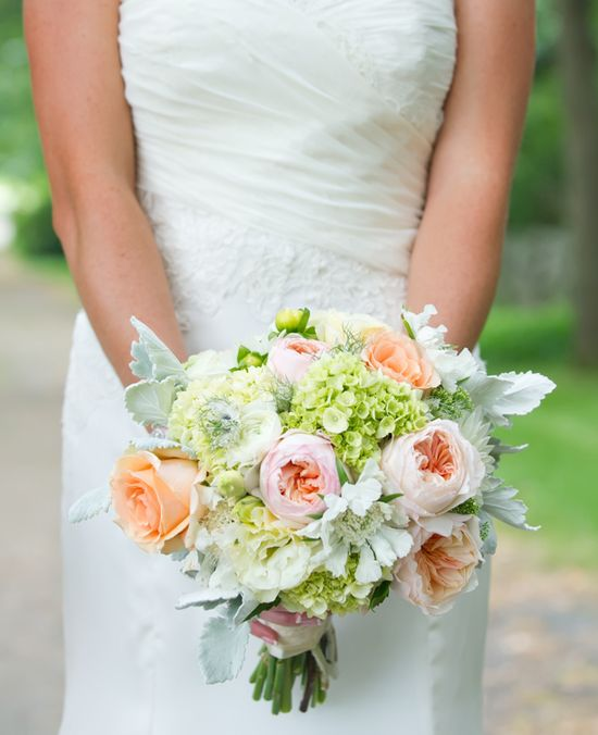 Soft, Romantic Bouquet // Photography by: Leah Haydock // TheKnot.com