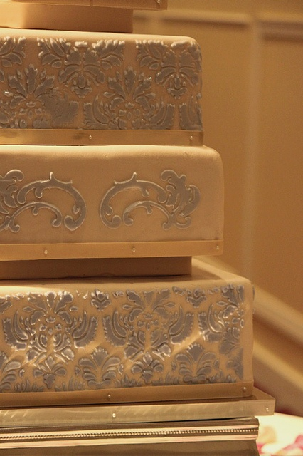 Audra & Lee's Wedding Cake by The Couture Cakery, via Flickr