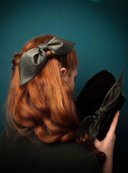 Green Clutch Velvet Evening Bag, Bridesmaids Clutch, Winter/ Christmas  Accessory, Luxury Gift