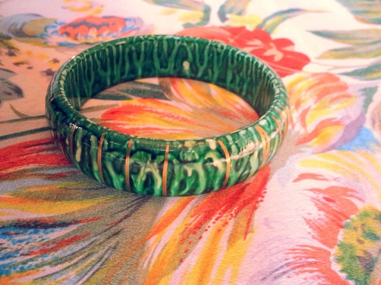 Vintage 1970s Hand Painted Green Malachite Look Wooden Bangle