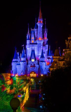 "How To Save $$$ On A ""Deluxe"" Disney World Vacation!"