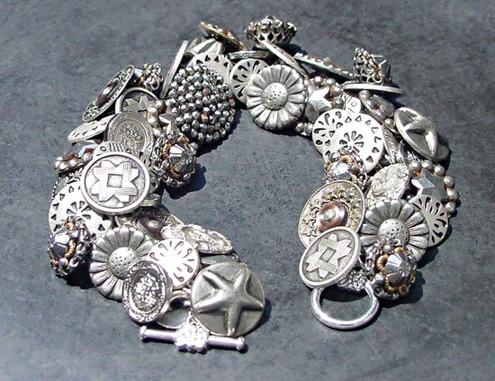 Vintage Button Bracelet Silver Metal and Pewter
