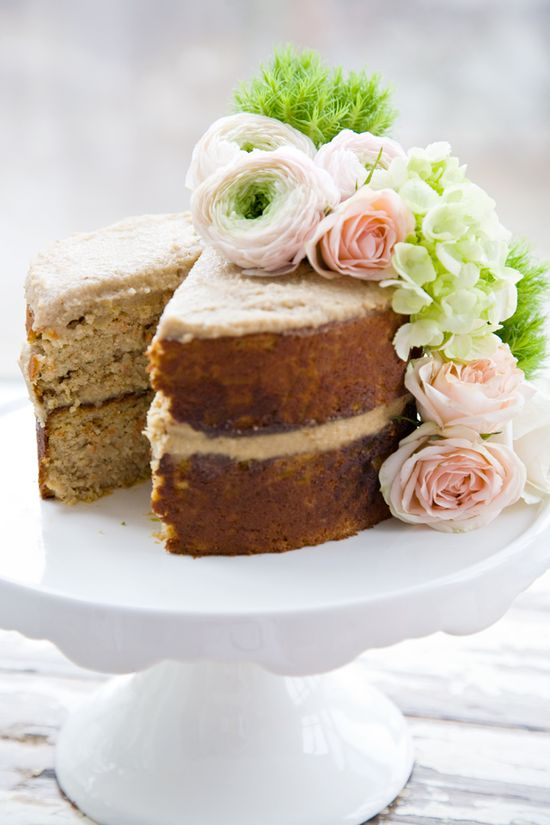 Brown Butter Harvest Cake with Vanilla Nut Creme (gluten-free, grain-free, lactose-free, and refined sugar-free)