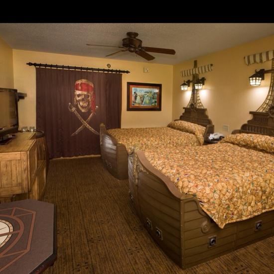Caribbean beach resort in Walt Disney World Pirate Room