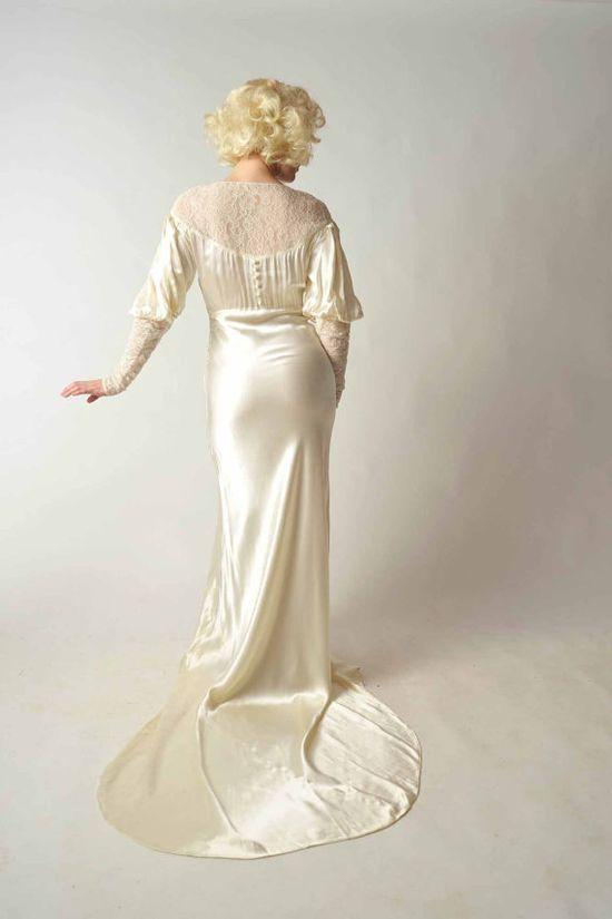 Vintage 1930s Wedding Dress // Bridal Salon at Fab Gabs: The Silver Screen Satin Charmeuse Bias Cut Wedding Gown