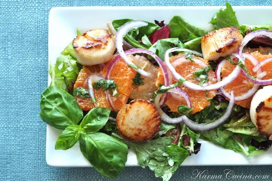 Citrus Salad with Seared Sea Scallops and Herb Vinaigrette by karmachcina #Salad #Citrus #Scallops #karmachcina