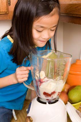Healthy Dessert Recipes: Preparing Healthy Bestseller Smoothies for Kids