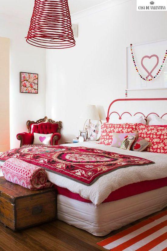 Via Casa de Valentina www.casadevalenti... #details #interior #design #bedroom #Cottage #casadevalentina