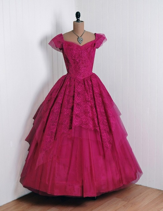 Gown, Emma Domb, California: 1950's, floral French lace and sheer net/tulle, scalloped sweetheart bodice, tiered ruffle full-sweep circle skirt.