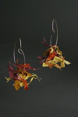 Paper Jewelry by Tia Kramer