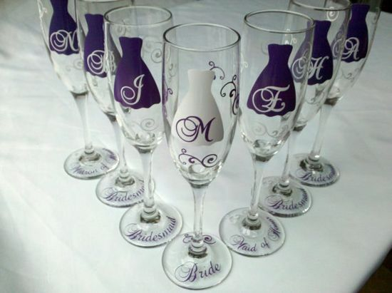 Neat glasses for the bridal party (toast)