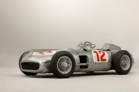 Fangio's 1954 Mercedes F1 Car Brings $29.65 Million, Breaks Records
