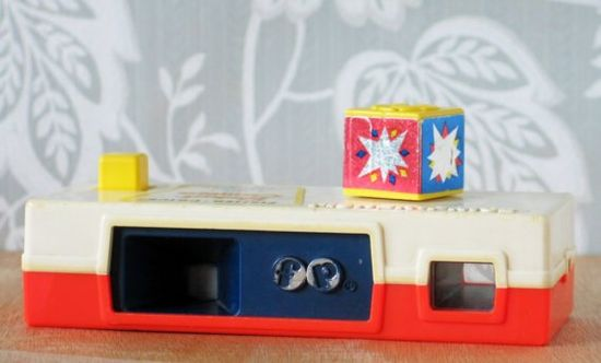 vintage Fisher-Price camera...I remember this!