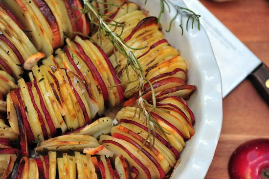 Potato/Apple Medley with Shallots & Herbs by erinschubert #Potatoes #Potatoes_Apples #erinschubert