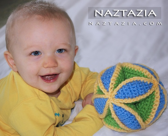 Crochet baby ball toy --- #crochet #baby #toy #amigurumi #naztazia