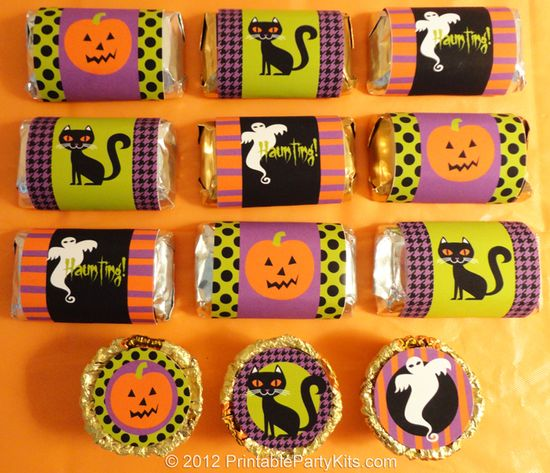 Free printable Halloween mini candy bar wrappers and Reese's Cups labels