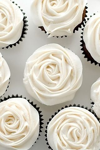 White Rose Cupcakes would be so elegant and easy to have for dessert at the wedding reception.