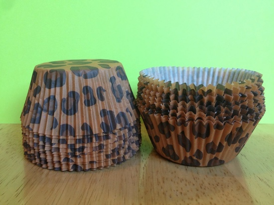 Leopard print cupcake liners , Safari cheetah baking cups, Birthday Party