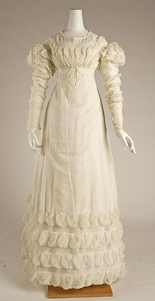Dress 1818