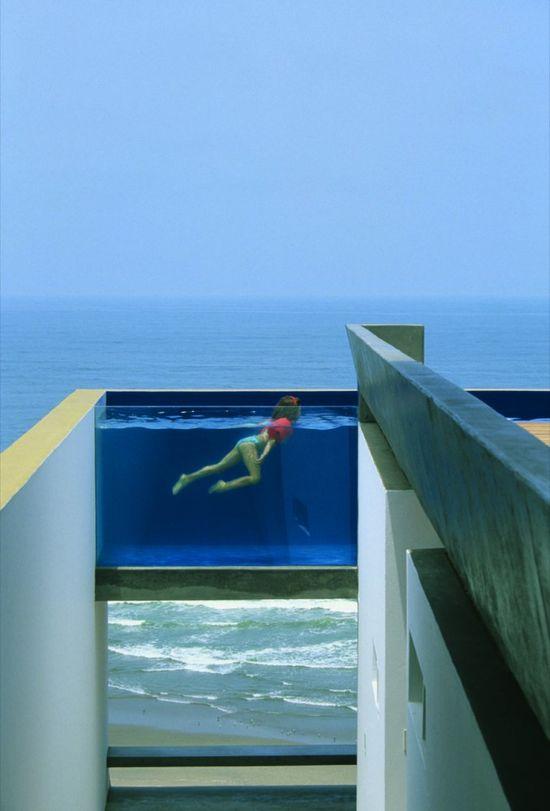Flashback: Casa Equis / Barclay & Crousse Architecture