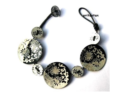 BUTTON bracelet button jewelry made of shell buttons by oritdotan. , via Etsy.