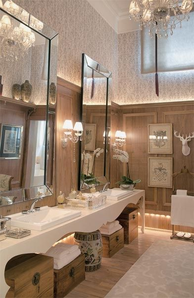 Bathroom Glamorous and Different
