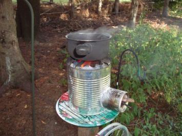 Печка от консервени кутии