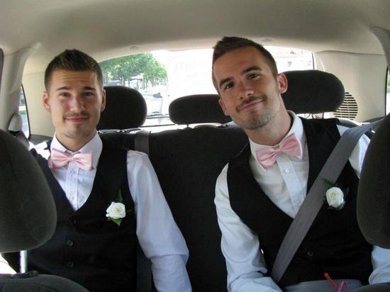 WEDDING DAY.... beautiful gay couple