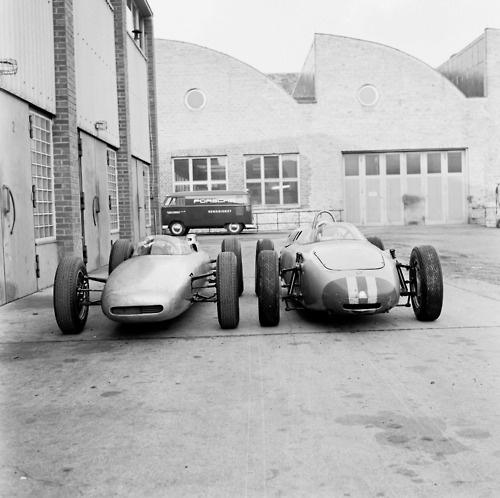 vintage cars ? Porsche Werks, Stuttgart 1962