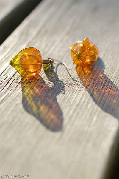 ???? 2012 ??????? Pierced earring - Chinese lantern plant - by Sakae, Japan? sakaefly.exblog.jp/