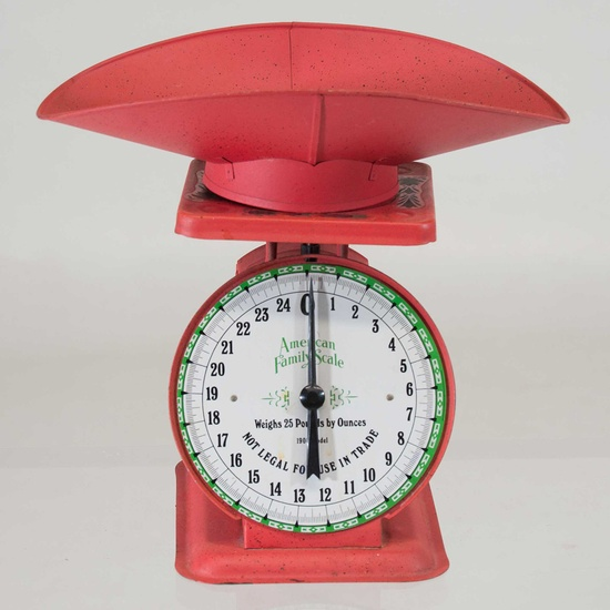 // Timeless Coral Red Kitchen Scale  // #kitchen #vintage #dining #cooking #home #decor