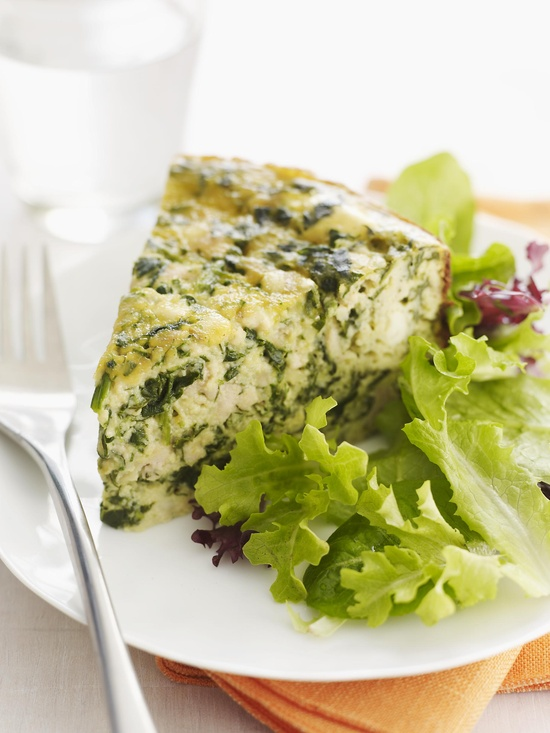 Slow Cooker: Chicken, Spinach, & Feta Quiche from familycircle.com #slowcooker #brunch