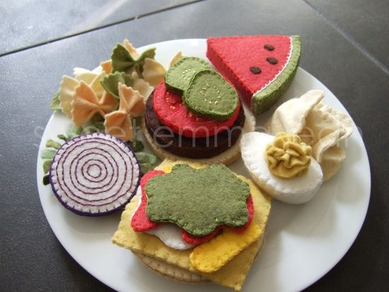 These are so cool! Felt Food  Summer Cookout Set  Sewing Pattern PDF by sweetemmajean, $6.99