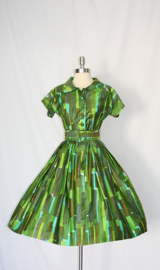 1950s Green Dress; interesting color presentation