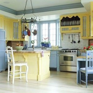 I love blue and yellow in the kitchen! by annabelle