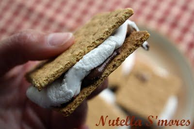 Nutella S'mores {Indoor S'mores}
