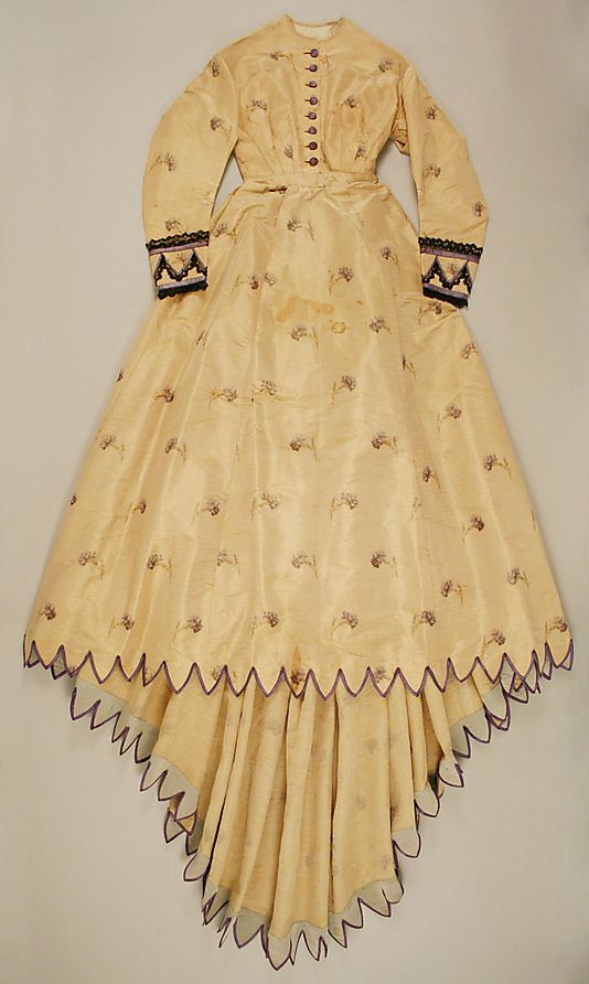 Dinner dress, Date: 1867–68, Culture: American, Medium: silk