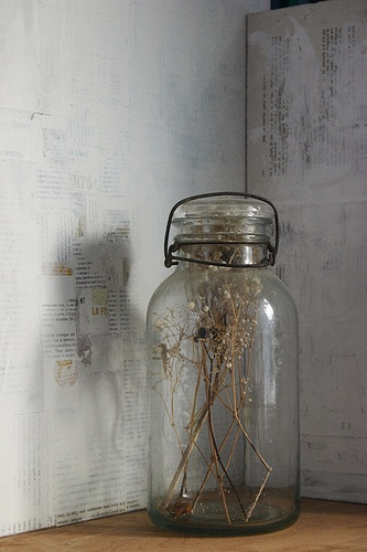 dried flowers in jar.