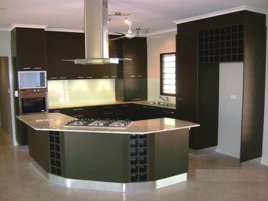 Modern Kitchen Decorating 2014