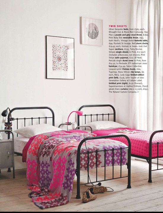 LOVE the beds! love these colours