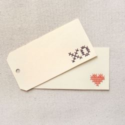 These pretty little tags are a no-fuss-must for beginners who want to put a little extra effort into their gifting. #craftgawker