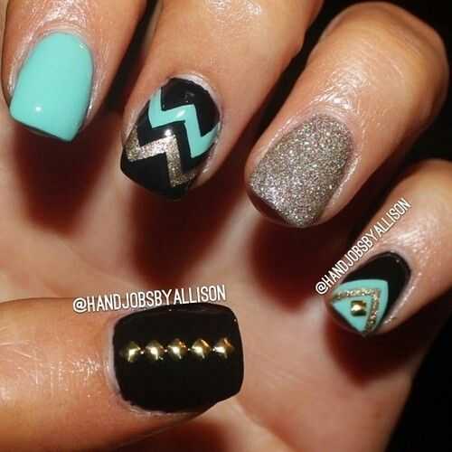 Going to do this colour scheme but with a different pattern on just the tips. :)