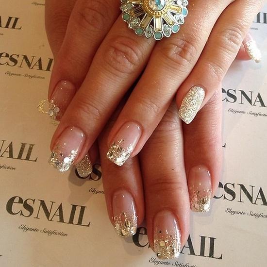 Glittery Graduation Nails @esNAIL_ LA