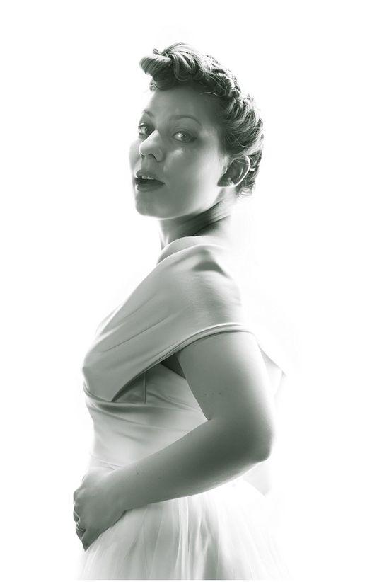 vintage style bridal portrait, Jimi Kelly Photography