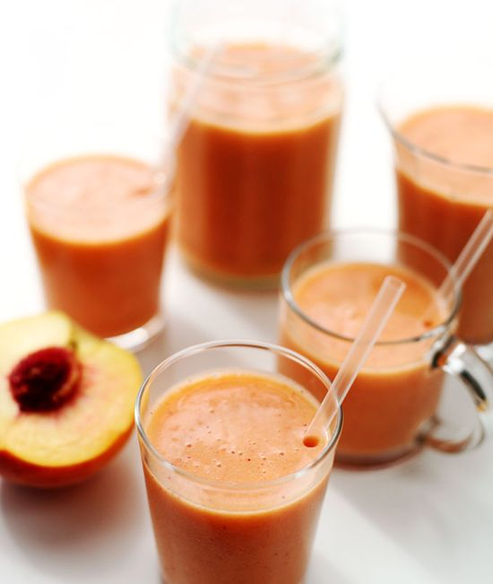 This peach berry smoothie is ridiculously delicious without any added sweetener!