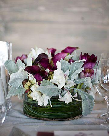 Contemporary Centerpiece ? #Centerpiece #Floral #Tablescape