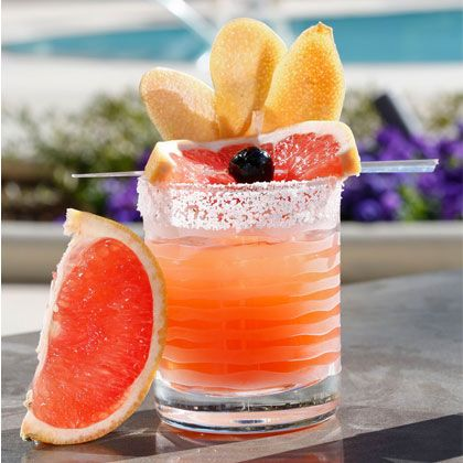 TGIF! Mix up one of these 30 delicious, low-cal summer cocktails this weekend! Each is full of delicious, fresh flavors, and only 200 calories or less. So feel free to indulge (in moderation, of course)!   www.shape.com/...